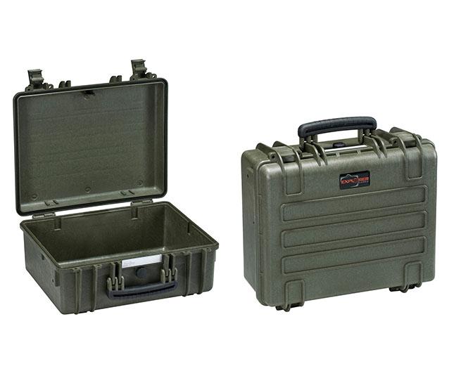 5833 B Waterproof Case, black with pre-cubed foam